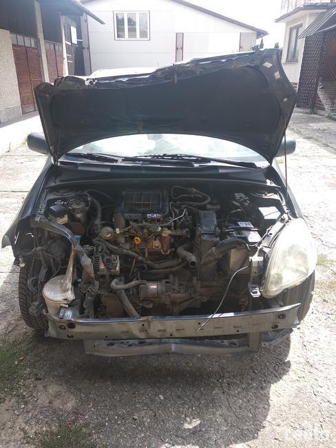 Toyota Yaris 1.4 d4d Rzeszów - zdjęcie 4