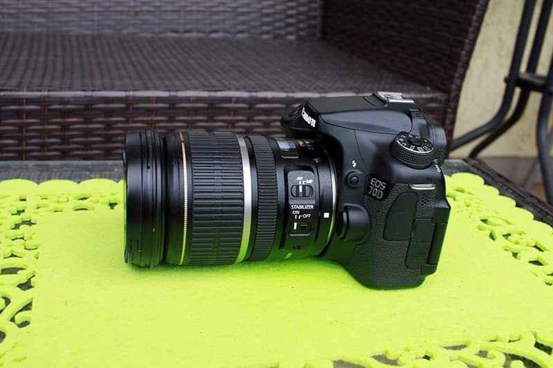 Obiektyw Canon EF-S 17-55mm f/2,8 IS USM+osłona Bogaczewo - zdjęcie 6