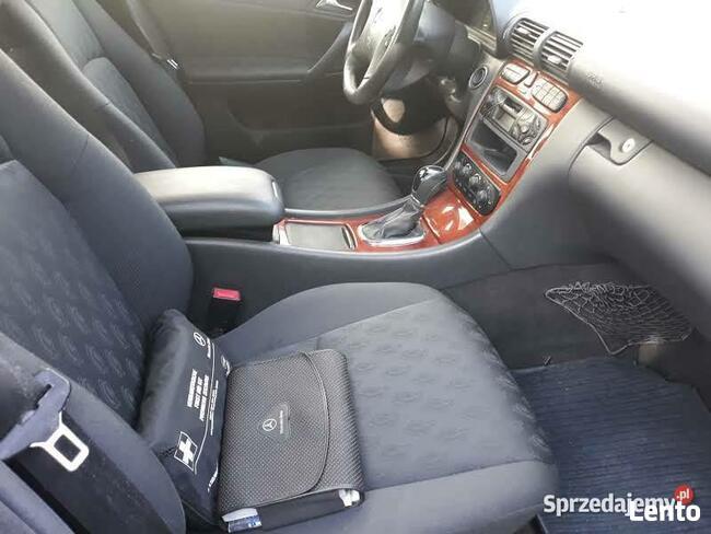 Mercedes- Benz Klasa C, mały przebieg ! Chojnice - zdjęcie 7