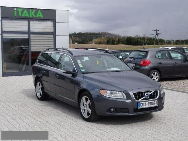 Volvo V70 2.0D 163KM Serwis Bezwypadkowy Xenon Navi Opłacony Kościerzyna - zdjęcie 2