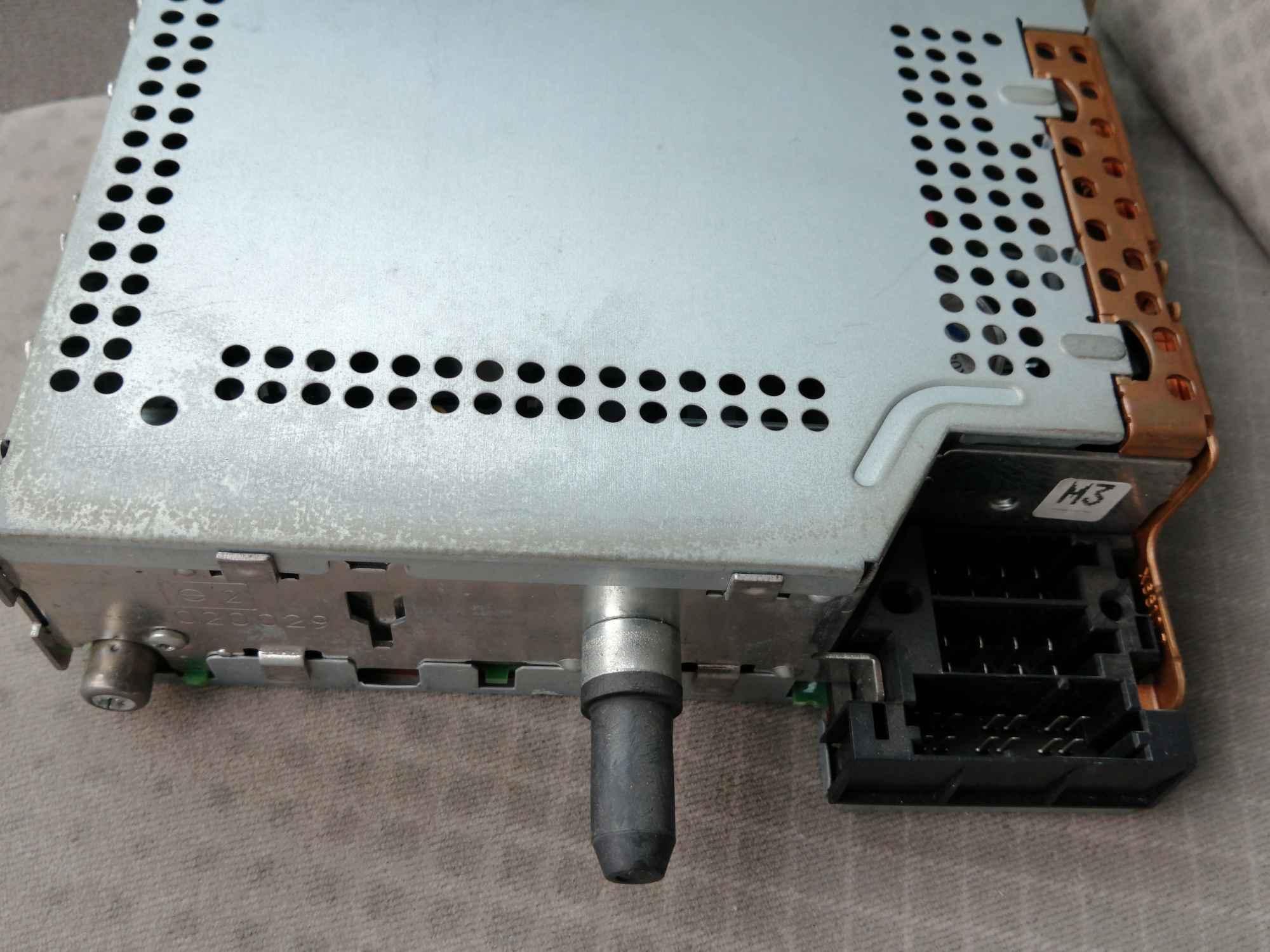 Radio samochodowe Fabryczna - zdjęcie 3