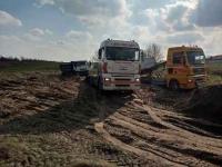 Holowanie tirów, laweta dla samochodów ciężarowych Poznań Jeżyce - zdjęcie 2