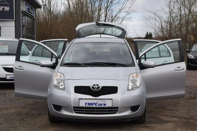 Toyota Yaris 1.3 Benzyna _ Automat _Serwisowana do końca_ Grudziądz - zdjęcie 8