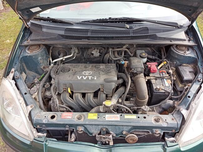 Toyota Yaris 1.3 2000r 3D Legionowo - zdjęcie 4