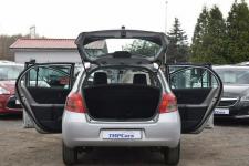 Toyota Yaris 1.3 Benzyna _ Automat _Serwisowana do końca_ Grudziądz - zdjęcie 9