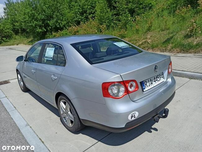 Volkswagen Jetta 1.9 Jarosław - zdjęcie 2