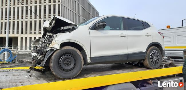 Sprzedam Nissan Qashqai Conect 1,6 benzyna 2016 uszkodzony Kraków - zdjęcie 3