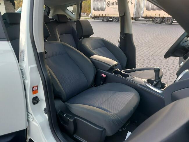 Nissan Qashqai 1,6i 115KM Tempomat/Alu/Serwis/AUX/GwArAnCjA Węgrów - zdjęcie 7