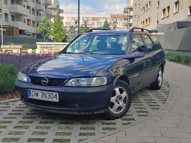 Opel Vectra B 1.6 benz // Klima // Alu // NOWY PRZEGLĄD Psie Pole - zdjęcie 2