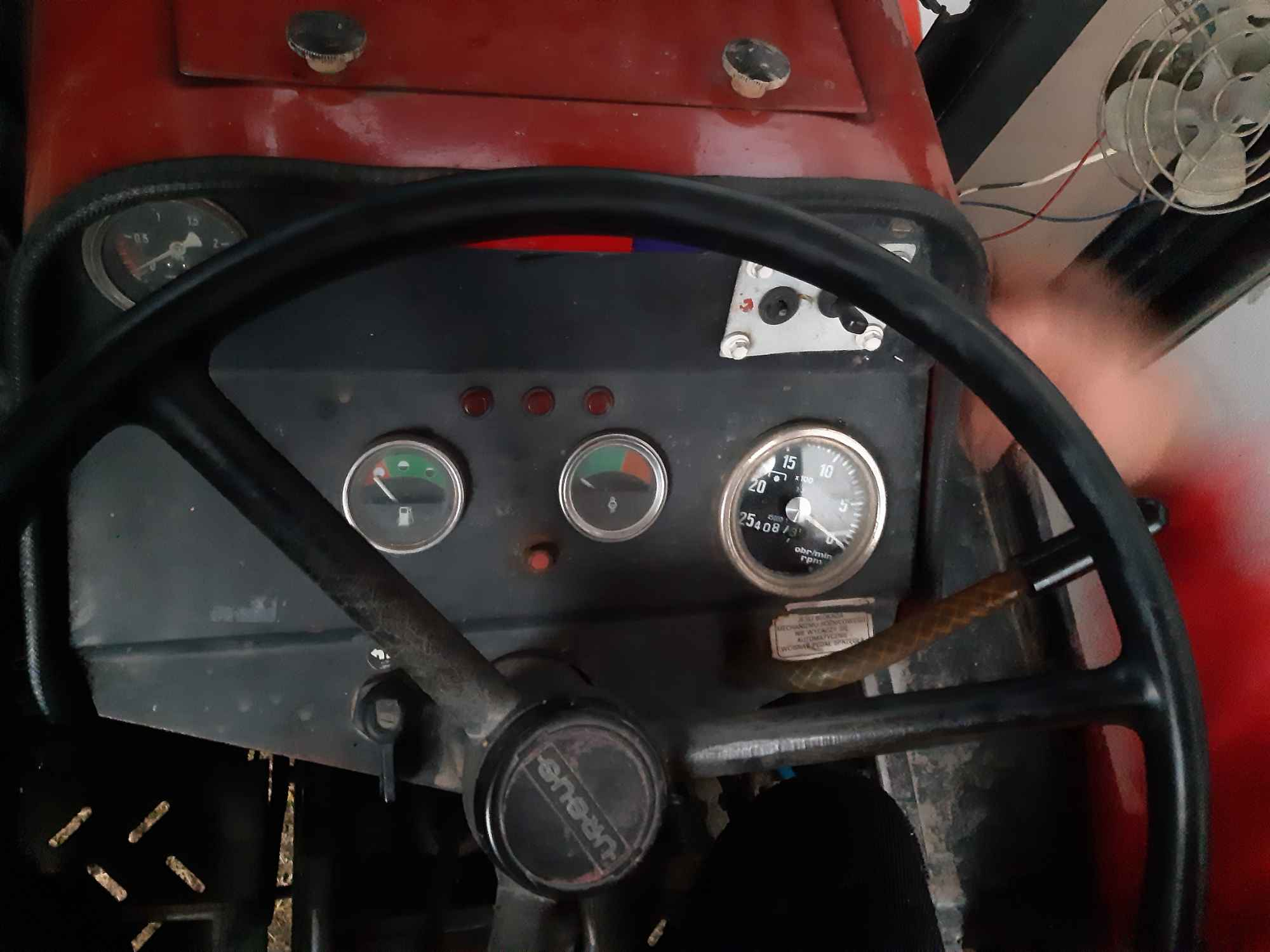 Sprzedam ciągnik MF 255 Kolonia Bobrowska Wola - zdjęcie 4