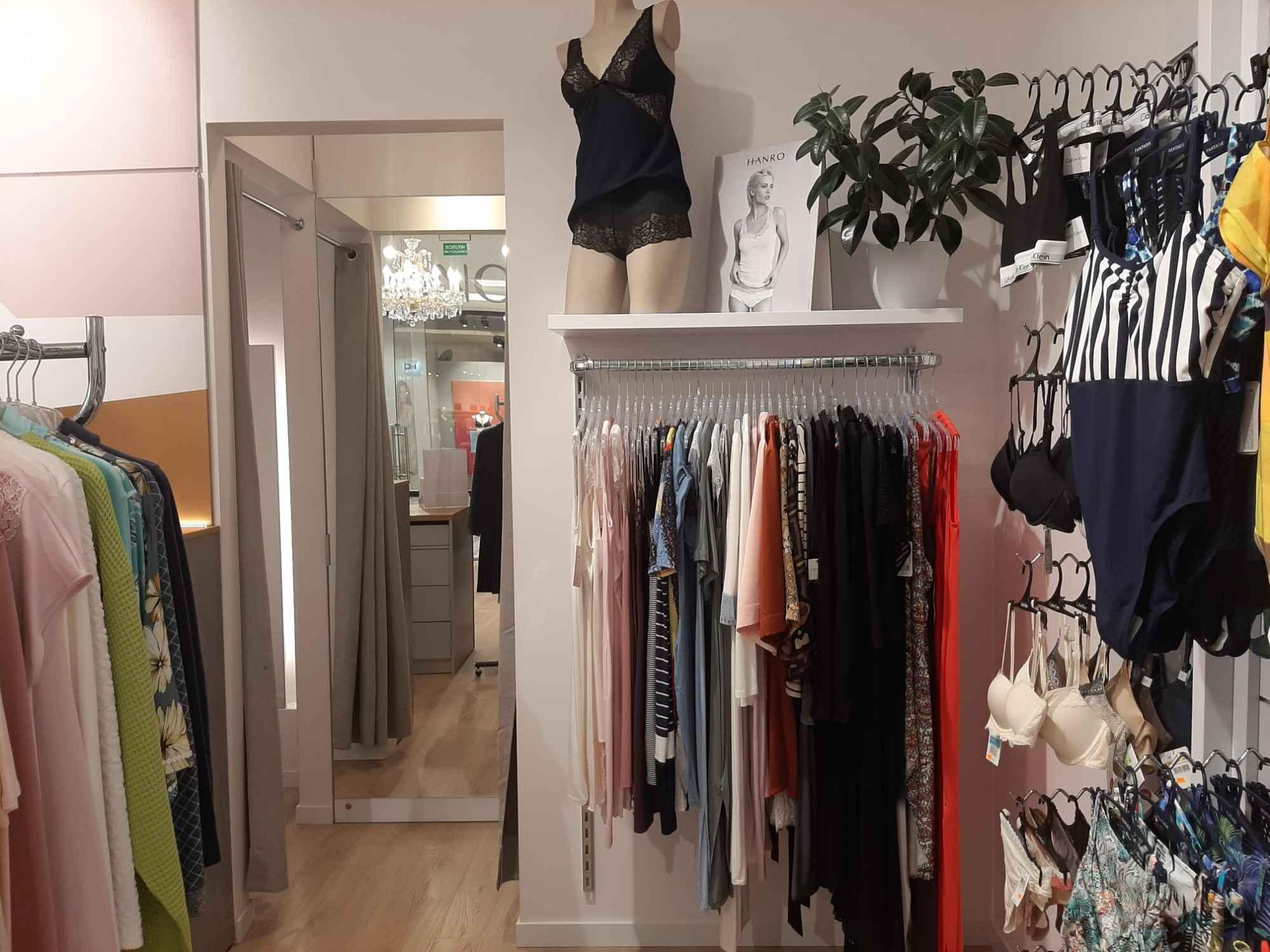Odstąpię sklep bielizny w Warszawie (Atrium Promenada) 50m2 Śródmieście - zdjęcie 1