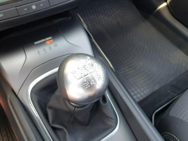 Toyota Avensis 2.0 D-4D Active Business Kombi WW184XM Piaseczno - zdjęcie 7