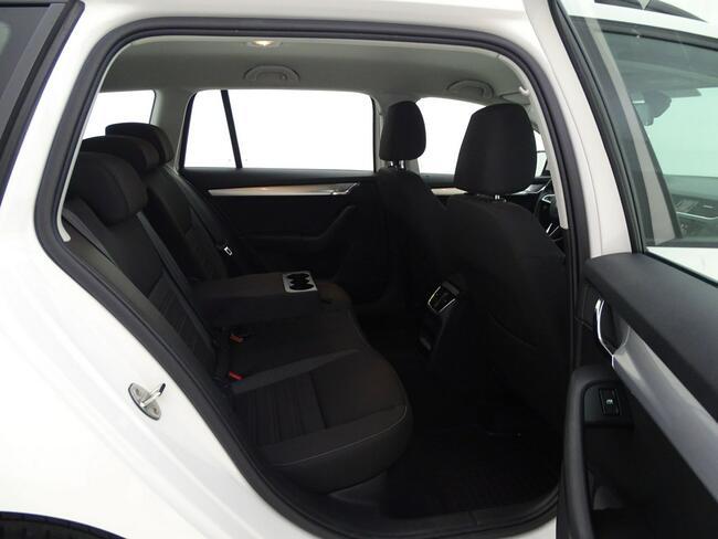 Škoda Octavia 2.0 TDI Ambition DSG Kombi Salon PL! 1 wł! ASO! FV23%! Ożarów Mazowiecki - zdjęcie 9
