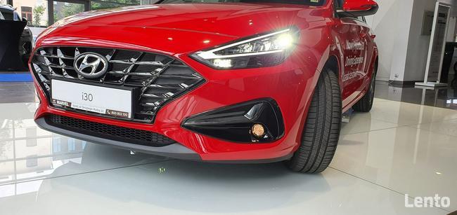 Hyundai i30 Comfort + LED+Nawigacja+Pakiet zimowy - Auto Demo Łódź - zdjęcie 2