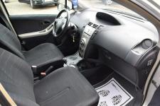 Toyota Yaris 1.3 Benzyna _ Automat _Serwisowana do końca_ Grudziądz - zdjęcie 6