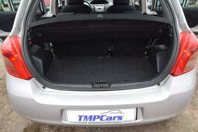 Toyota Yaris 1.3 Benzyna _ Automat _Serwisowana do końca_ Grudziądz - zdjęcie 10