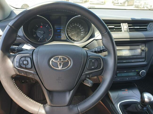 Toyota Avensis 2.0 D-4D Active Business Kombi WW184XM Piaseczno - zdjęcie 6