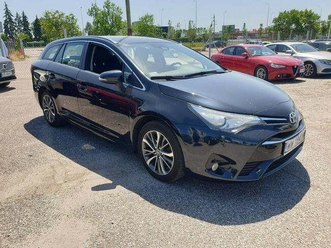 Toyota Avensis 2.0 D-4D Active Business Kombi WW184XM Piaseczno - zdjęcie 2
