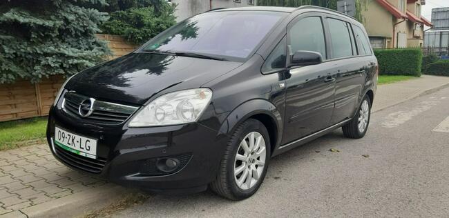 Opel Zafira Piękna Benzynka idealna do gazu 7 Miejsc LIFT Lublin - zdjęcie 1