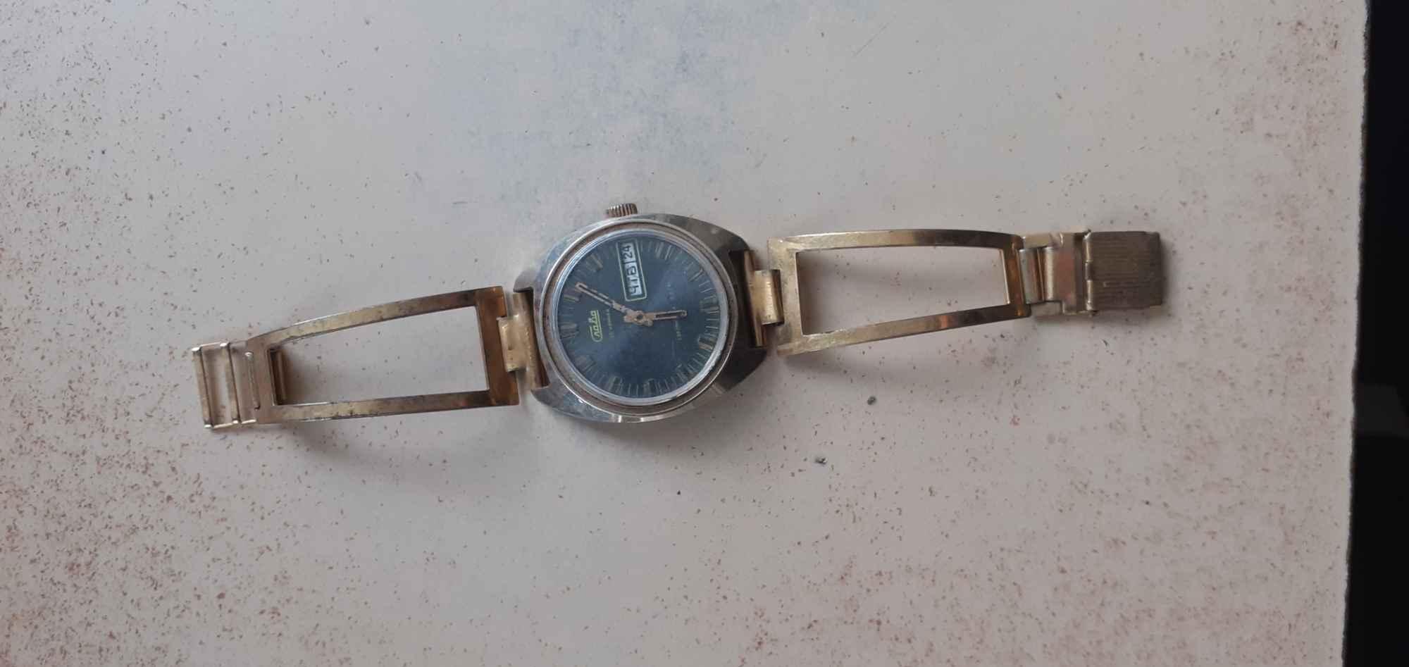 Zegarek Czerna - zdjęcie 1