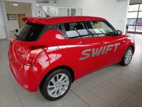Suzuki Swift Premium Plus 2WD Dąbrowa Górnicza - zdjęcie 4
