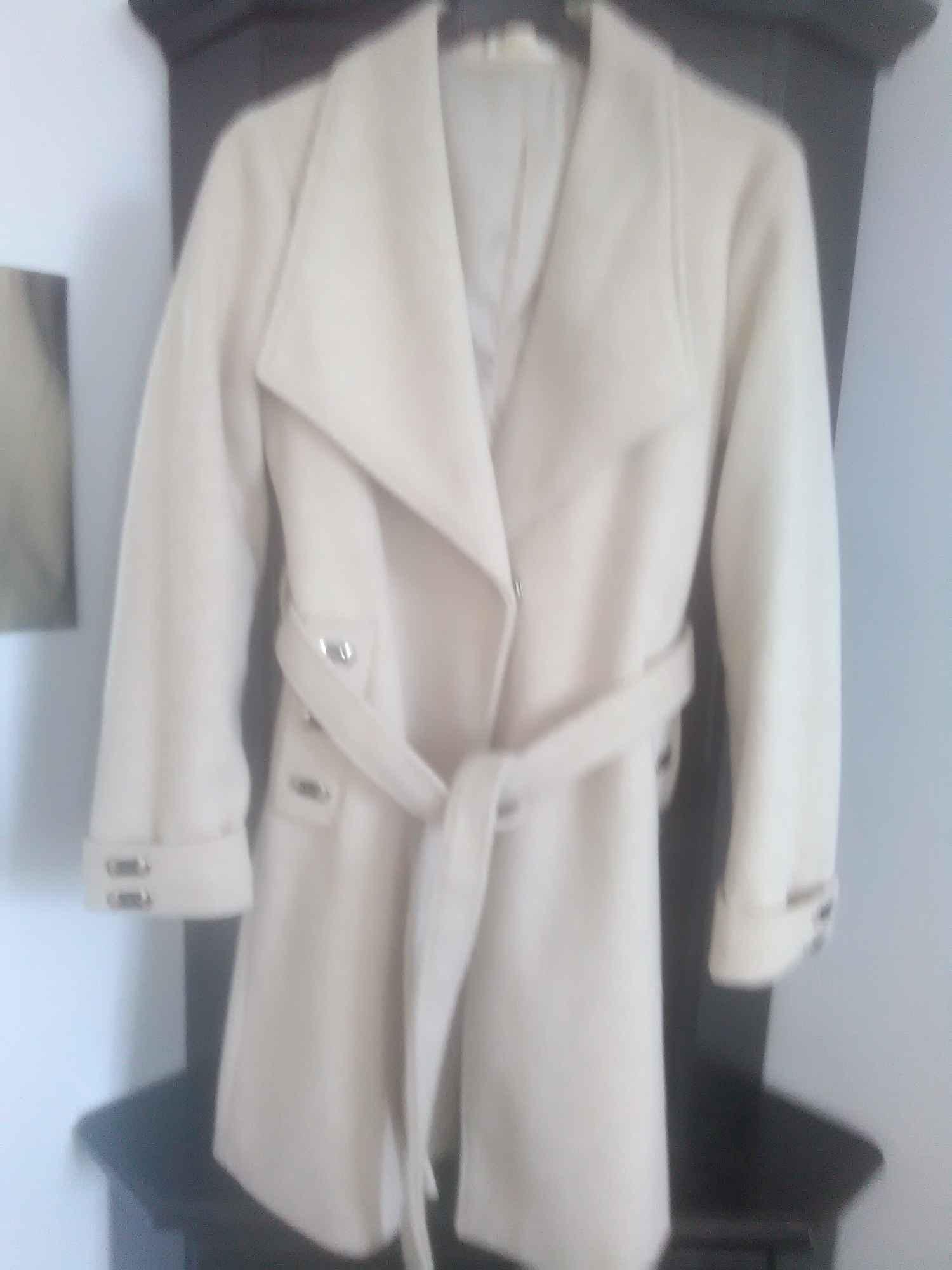 Piękny płaszcz damski Nysa - zdjęcie 4