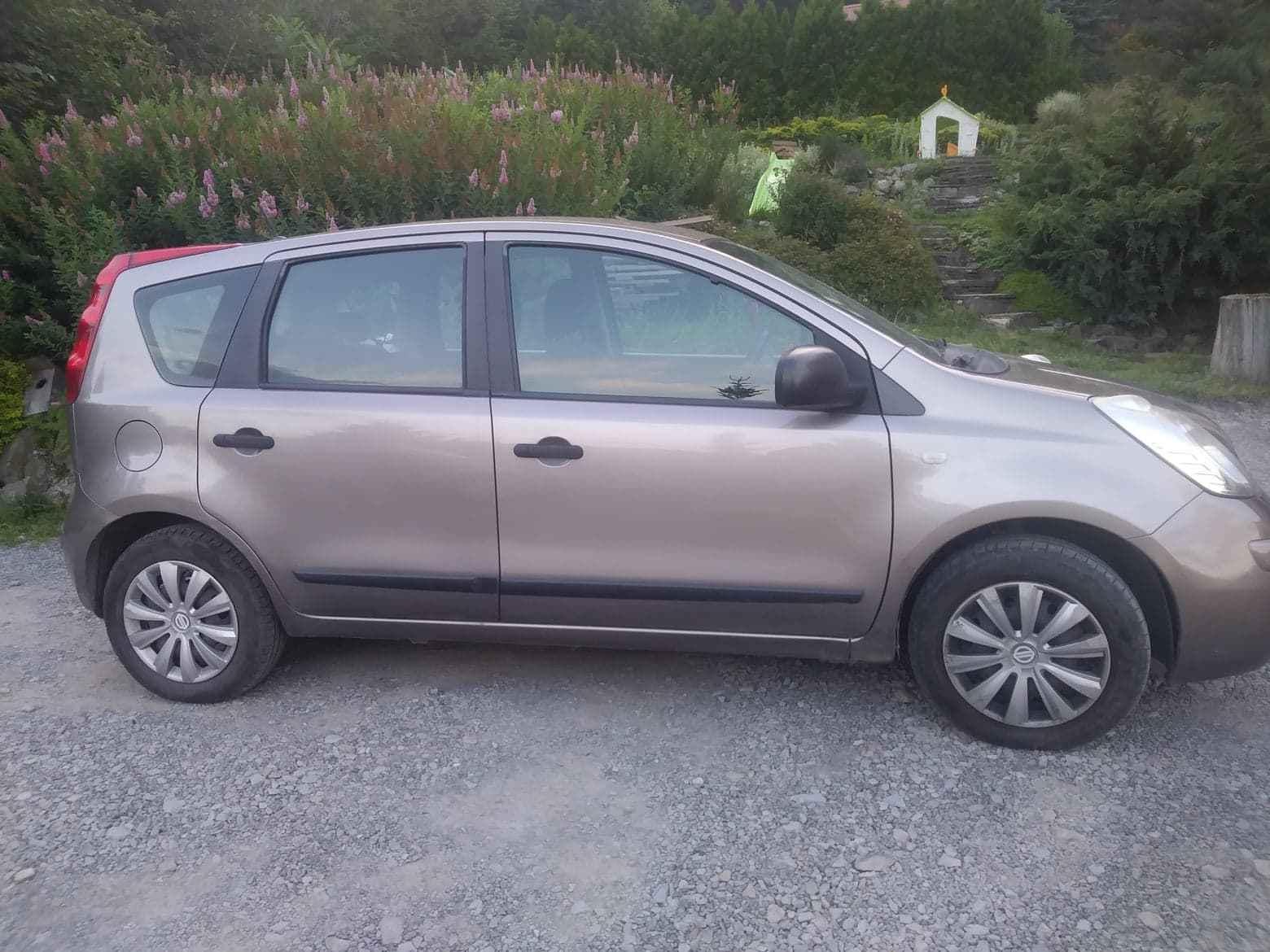 Sprzedam Nissan Note gaz + benzyna Jaworzynka - zdjęcie 1