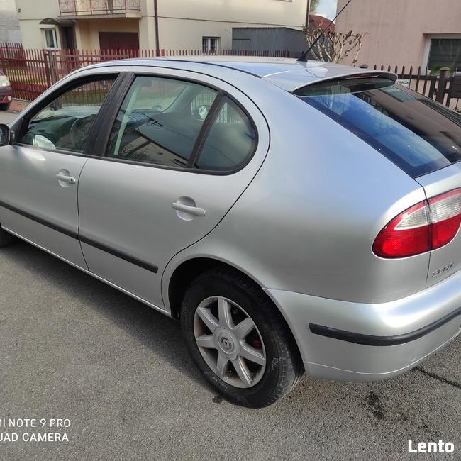 Seat Leon 2003 Rok 1.6 benzyna 105-km Ostrowiec Świętokrzyski - zdjęcie 3