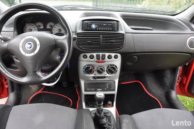 Sprzedam Fiat Punto 1,4 16V 95 KM Świdnik - zdjęcie 2
