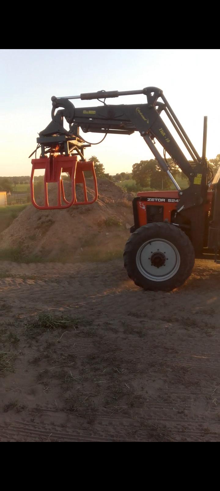 Ładowacz czołowy Hydramet tur 16 Buk - zdjęcie 1